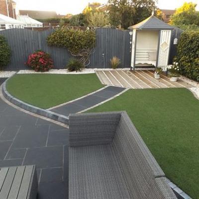 when to fertilize lawn